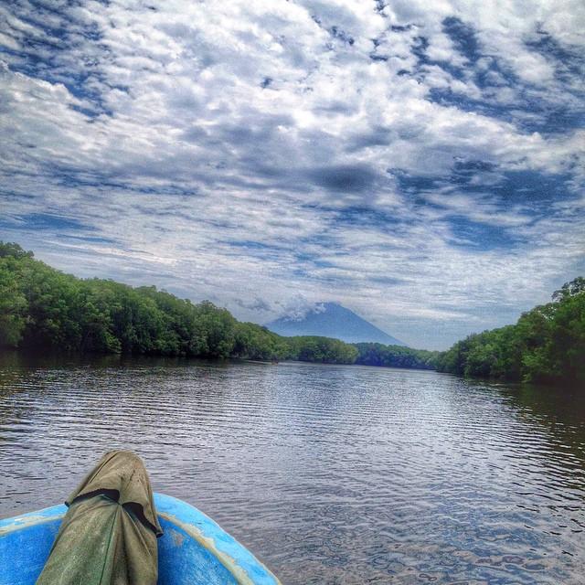 Heading to Paradise.  @puertobarillas  Bahia de Jiquilisco, El Salvador.  The Hidden Gem  #funday #instagood #nature #paradise #visitelsalvador #travel #tours #sunny